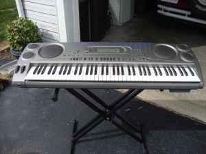 CASIO ELECTRIC KEYBOARD - $125 (WALTON,IN)