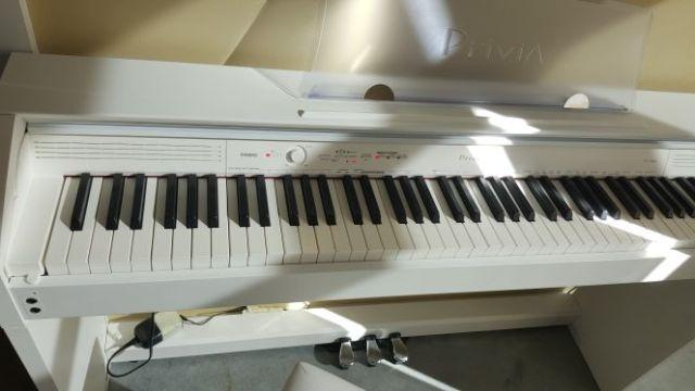 Casio Privia PX-760 88-Key Digital Piano with Duet Bench
