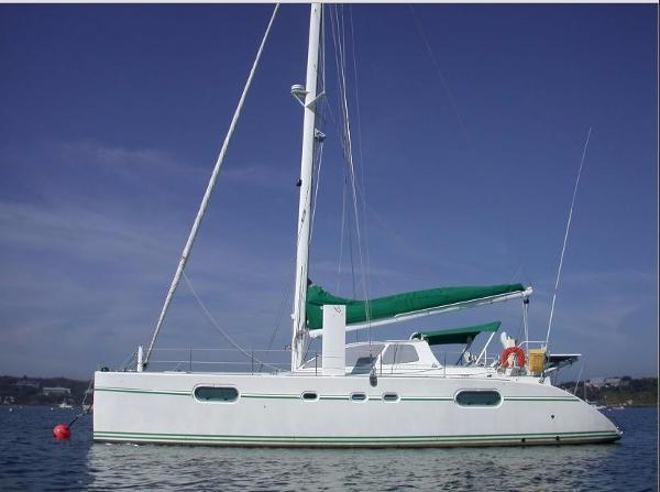 CATANA 471 Owner's Version