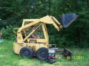 Caterpillar Skidsteer - $4500