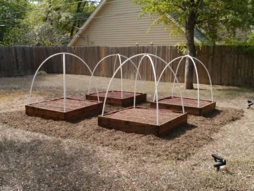 Cedar Raised Bed Gardens