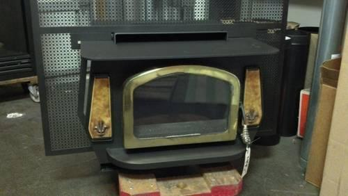 Century Cjw2500x Wood Stove Insert Used For Sale In