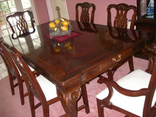 Century Claridge Collection Dining Room Set For Sale In