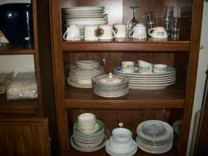 ceramics china and glassware peoria il for sale in peoria illinois classified. Black Bedroom Furniture Sets. Home Design Ideas