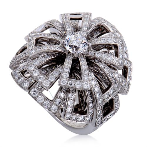 Chanel Womens 18K White Gold Diamond Pave Flower