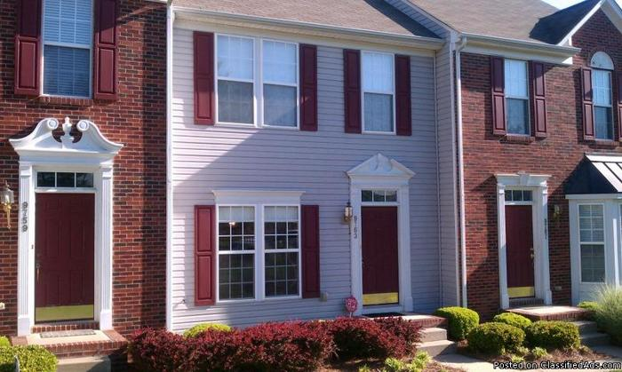 Charlotte Nc Townhome For Rent In The University Area For Sale In Charlotte North Carolina
