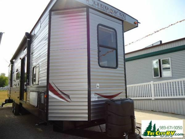 Cherokee Park Model 39Ft For Sale In Bay City Michigan