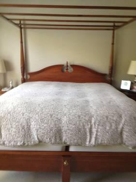 cherry king size bedroom set for sale in canton ohio classified