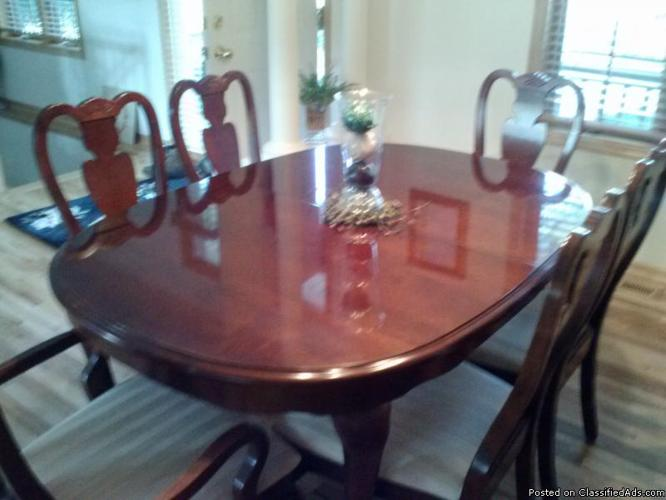 Cherry Queen Anne Dining Room Set Great Deal For Sale In Otsego Minnesota