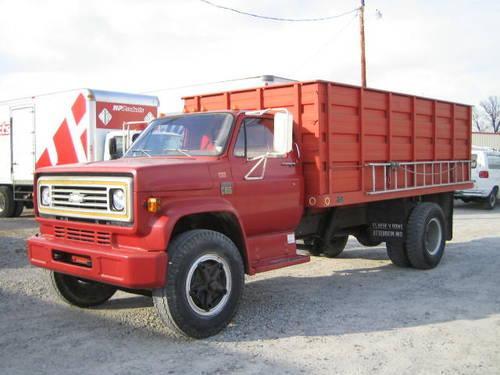 Terre Haute Chevrolet >> Chevrolet C65 Farm / Grain Truck ? DUMP TRUCK BED ...