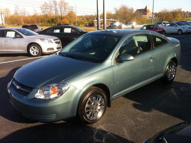 chevrolet cobalt 2009 for sale in calvary kentucky classified. Black Bedroom Furniture Sets. Home Design Ideas