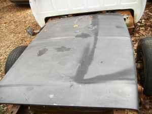 chevy hood 1984 silverado pickup - $50 (jonesboro)