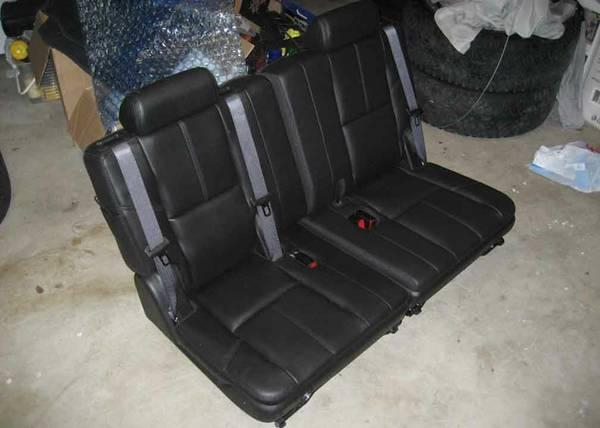 chevy tahoe gmc yukon escalade third 3rd row black leather seats 07 up for sale in austin. Black Bedroom Furniture Sets. Home Design Ideas