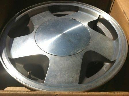 CHEVY TAHOE TAKE OFF OEM FACTORY 16 INCH RIMS FITS CHEVY GMC SUVTRUC - $35