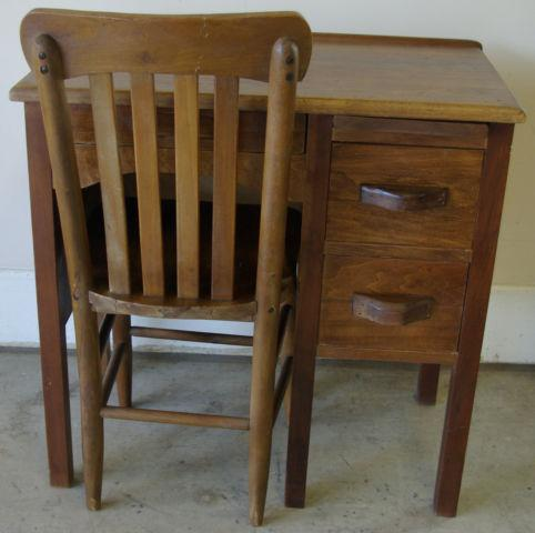children 39 s school desk chair for sale in telford tennessee classified. Black Bedroom Furniture Sets. Home Design Ideas