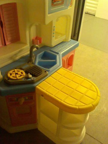 Childs Play Kitchen