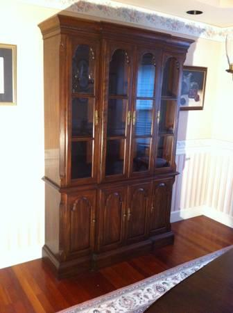 China Cabinet Ethan Allen Cherrywood For Sale In Port