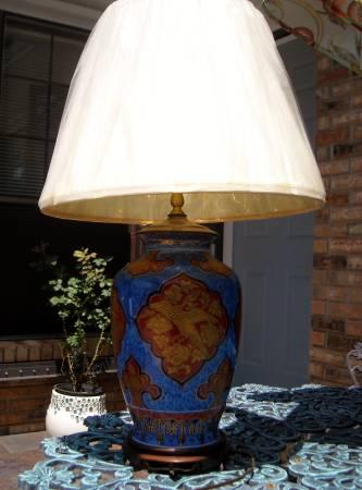 Chinoiserie French Ginger Jar Desk Table Lamp - $350