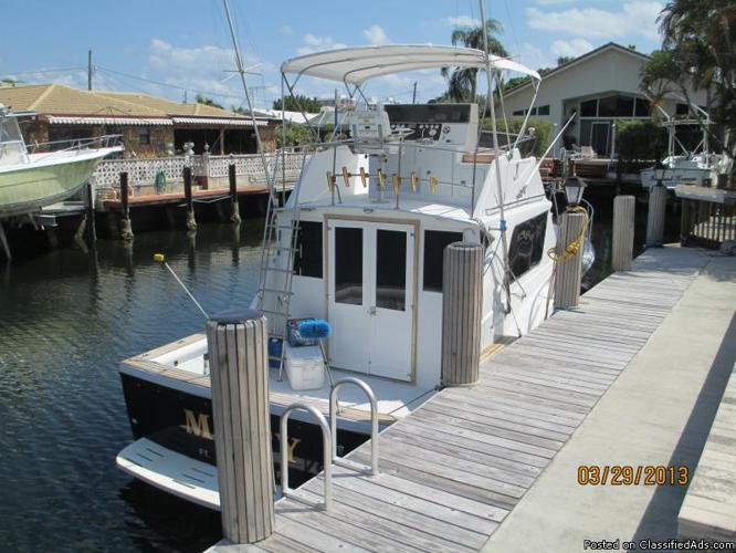 Chris Craft 1984 36Ft