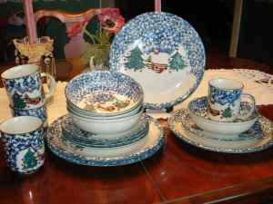 Christmas Dish Dishes Cabin Snow Set W Accessories 8 Pl
