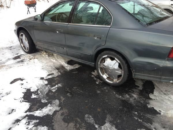 Chrome 18 inch rims good tires - $300