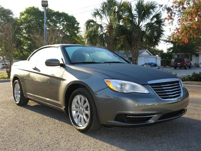 chrysler 200 touring 2dr convertible 2012 for sale in. Black Bedroom Furniture Sets. Home Design Ideas