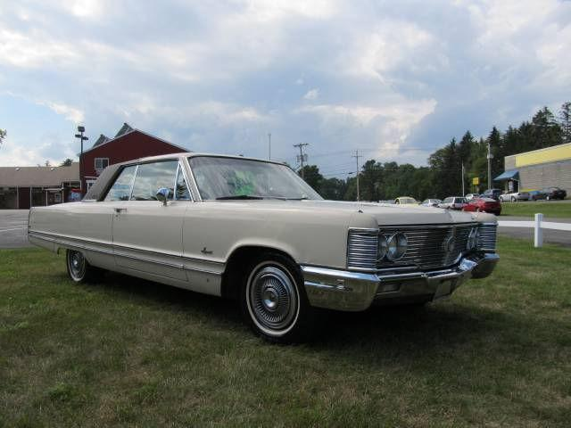 Chrysler Imperial - $4,495