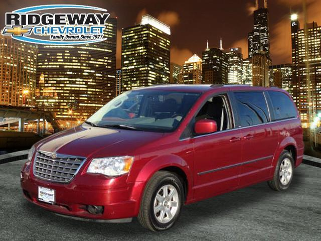 chrysler town and country touring 4dr mini van 2010 for sale in lansing illinois classified. Black Bedroom Furniture Sets. Home Design Ideas