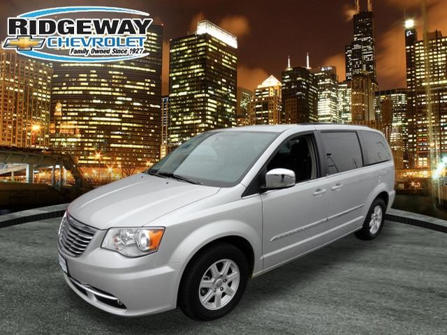chrysler town and country touring l 4dr mini van 2011 for sale in lansing illinois classified. Black Bedroom Furniture Sets. Home Design Ideas
