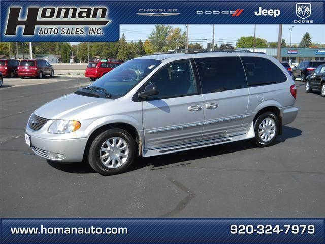 Chrysler Town Amp Country 2003 For Sale In Waupun Wisconsin