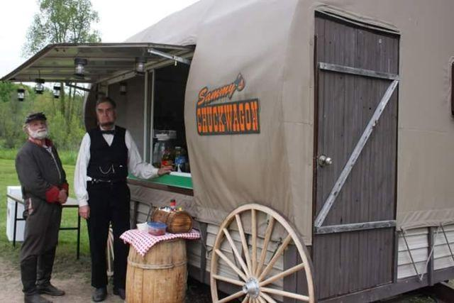CHUCKWAGON CONCESSION TRAILER & CONCESSION TRUCK