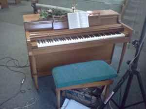 Church Organ & Piano - $300 (chickamauge)