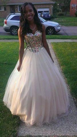 Cinderella prom dress for Sale in Cincinnati, Ohio Classified ...