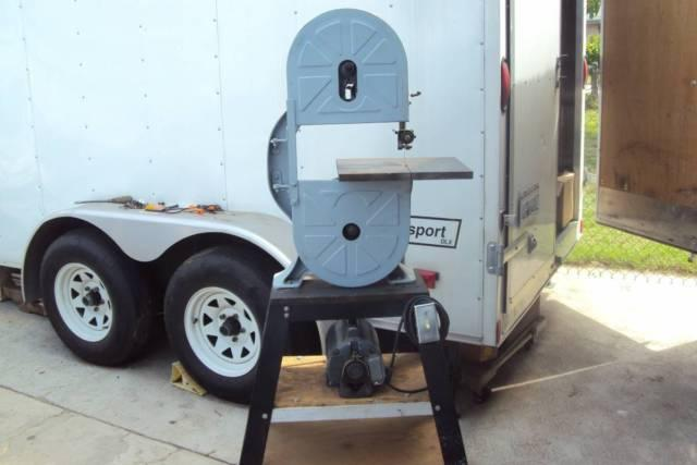 Classic 12 Vertical Band Saw With Stand