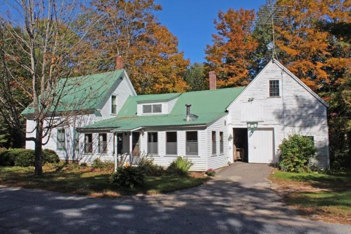 classic new englander in stow mls 4316394 for sale in