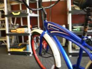 classic schwinn corvette beach cruiser bike charleston for sale in charleston south. Black Bedroom Furniture Sets. Home Design Ideas