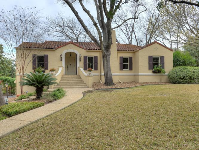 Classic spanish style home in olmos park for sale in san for Spanish style homes for sale