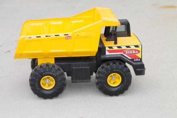 Classic Tonka Mighty Dump Truck - $15