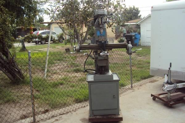 Clausing Milling Machine Model Number 8530 With Orig Stand