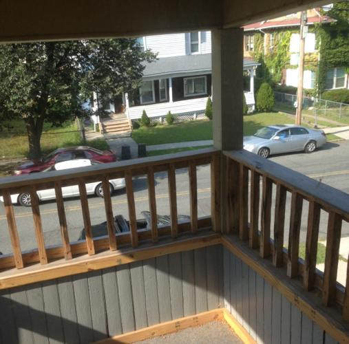 CLEAN APARTMENT For Rent In Halyoke, Massachusetts