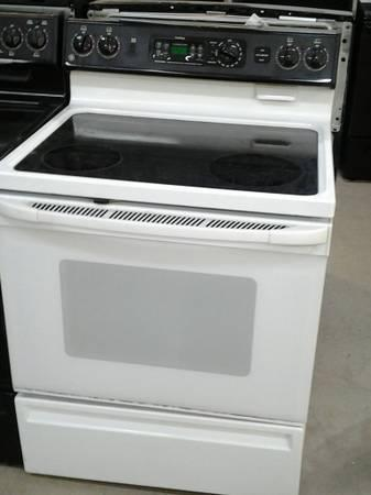Clean Ge Smooth Top Range Electric With A Warranty