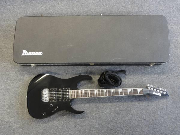 clearance ibanez gio grg170dx black 6 string electric guitar w case for sale in new bedford. Black Bedroom Furniture Sets. Home Design Ideas