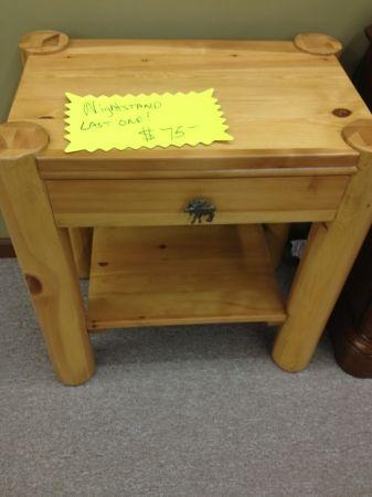 Clearance Rustic Country Endtable Princeton Indiana