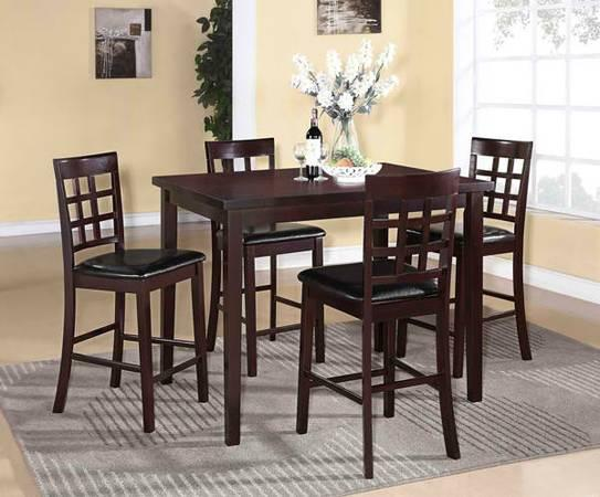 Clearance Sale 5 Computer Pub Table Set Only For Sale In