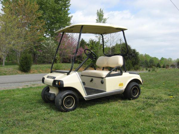 Club Car Gas Golf Cart (Fredericksburg)