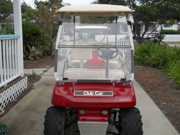 CLUB CAR GOLF CART - $2900