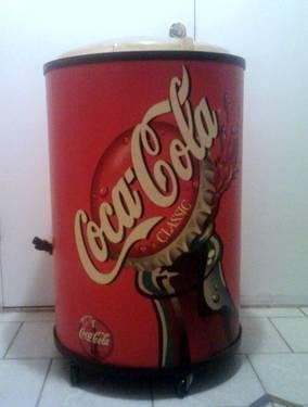 Coca Cola Ice Barrel Chest Cooler Plastic On Wheels W