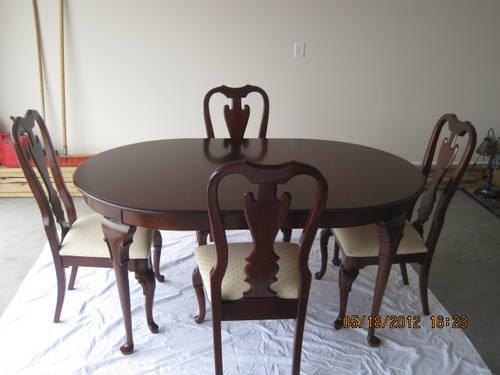 COCHRAN SOLID CHERRY DINING SET WITH CORNER HUTCH