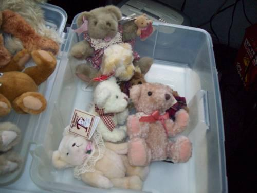 Collectible Bears Boyds, Bears From the past, and Bialosky Treasury