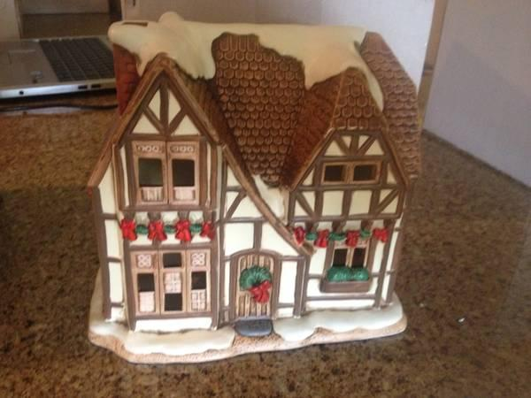 colonial village lighted porcelain christmas houses